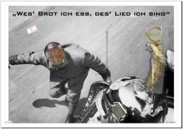 """Werner Peters spielt in Wolfgang Staudtes Verfilmung von Heinrich Manns Roman """"Der Untertan"""" den preußischen Spießbürger Diederich Heßling (Foto: DEFA-Stiftung Berlin) """"Der Untertan revisited"""" In Lübeck sind jetzt die Türen des Buddenbrookhauses in der Mengstrasse zur Ausstellung von """"Der Untertan revisited. Vom Kaiserreich zum geteilten Deutschland"""" geöffnet. Die Ausstellung ist dem Roman """"Der Untertan"""" des deutschen Schriftstellers Heinrich Mann und der gleichnamigen Verfilmung von Wolfgang Staudte aus dem Jahr 1951 gewidmet.  Buch und Film zeichnen ein Bild des Lebens im Kaiserreich und behandeln die zeitlose Frage des Verhältnisses zwischen Bürger und Staat. Der Kaiserreich-Roman von 1914 ist eine """"Geschichte der öffentlichen Seele unter Wilhelm II."""", wie es Heinrich Mann auf der ersten Seite seines Manuskripts formulierte."""